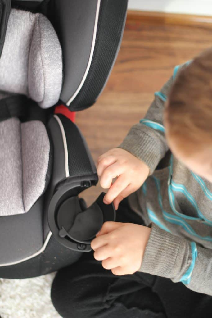 Graco Slimfit All in One Review, cup holder being opened