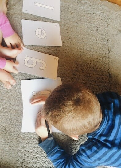 How to teach preschoolers to write the letters in their name using dry erase cards